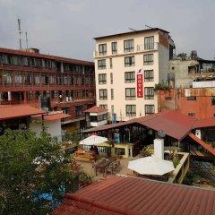 Отель Yakety Yak Hostel Непал, Катманду - отзывы, цены и фото номеров - забронировать отель Yakety Yak Hostel онлайн балкон