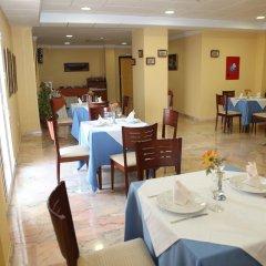 Отель Tierras De Jerez Испания, Херес-де-ла-Фронтера - 3 отзыва об отеле, цены и фото номеров - забронировать отель Tierras De Jerez онлайн питание фото 2
