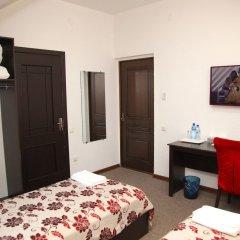 Отель Вояж Кыргызстан, Бишкек - 1 отзыв об отеле, цены и фото номеров - забронировать отель Вояж онлайн комната для гостей