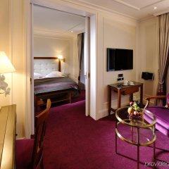 Отель Schweizerhof Zürich Швейцария, Цюрих - отзывы, цены и фото номеров - забронировать отель Schweizerhof Zürich онлайн удобства в номере фото 2
