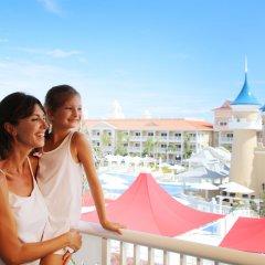 Отель Fantasia Bahia Principe Punta Cana - All Inclusive Доминикана, Пунта Кана - отзывы, цены и фото номеров - забронировать отель Fantasia Bahia Principe Punta Cana - All Inclusive онлайн балкон