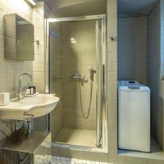 Отель UPSTREET Superb 1BD Apt-Heart of Kolonaki Афины ванная фото 2
