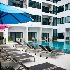 Отель I-Talay Resort бассейн