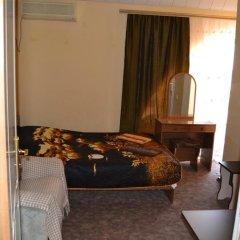 Гостиница Yug Guest House комната для гостей фото 3