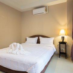 Отель Kata Beachwalk Таиланд, Карон-Бич - отзывы, цены и фото номеров - забронировать отель Kata Beachwalk онлайн комната для гостей фото 4