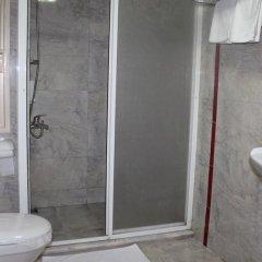 Sahi̇n Hotel Турция, Алашехир - отзывы, цены и фото номеров - забронировать отель Sahi̇n Hotel онлайн ванная фото 2