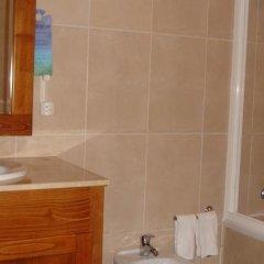 Отель Açorsonho Apartamentos Turísticos Португалия, Капелаш - отзывы, цены и фото номеров - забронировать отель Açorsonho Apartamentos Turísticos онлайн ванная