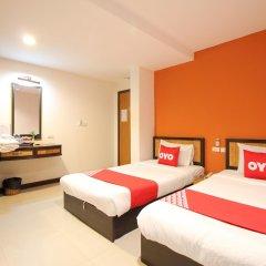 Отель Pannee Lodge Таиланд, Бангкок - отзывы, цены и фото номеров - забронировать отель Pannee Lodge онлайн комната для гостей фото 5