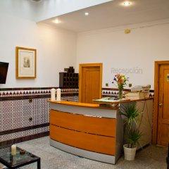 Отель Hostal La Muralla интерьер отеля
