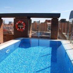 Отель Catalonia Albeniz Барселона бассейн