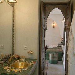 Riad Nerja Hotel ванная