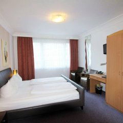 Отель Alt Graz Германия, Дюссельдорф - отзывы, цены и фото номеров - забронировать отель Alt Graz онлайн комната для гостей
