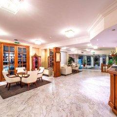 Hotel Century интерьер отеля