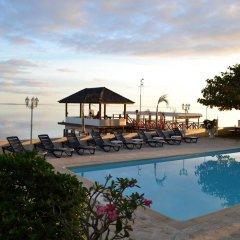 Отель Hitimoana Villa Tahiti бассейн