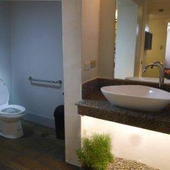 Отель 1775 Adriatico Suites Филиппины, Манила - отзывы, цены и фото номеров - забронировать отель 1775 Adriatico Suites онлайн ванная