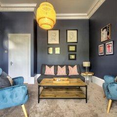 Апартаменты Amadeus Serviced Apartments Глазго комната для гостей фото 4