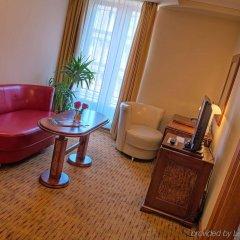 Отель Majestic Plaza Чехия, Прага - 8 отзывов об отеле, цены и фото номеров - забронировать отель Majestic Plaza онлайн удобства в номере