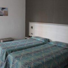 Отель Planas Испания, Салоу - 4 отзыва об отеле, цены и фото номеров - забронировать отель Planas онлайн комната для гостей фото 5