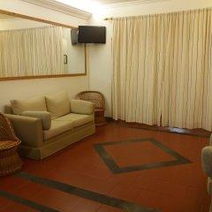 Отель Residencial Casa Do Jardim Понта-Делгада комната для гостей