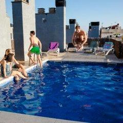 Отель Residencia de estudiantes Onix бассейн фото 3