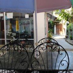 Отель Hostel Himalaya Непал, Катманду - отзывы, цены и фото номеров - забронировать отель Hostel Himalaya онлайн балкон