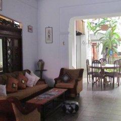Отель Shoba Travellers Tree Home Stay интерьер отеля