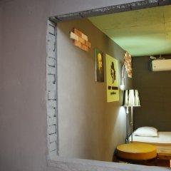 Отель Mr.Comma Guesthouse - Hostel Южная Корея, Сеул - отзывы, цены и фото номеров - забронировать отель Mr.Comma Guesthouse - Hostel онлайн комната для гостей фото 5