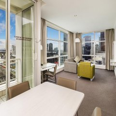 Отель Clarion Suites Gateway комната для гостей фото 4