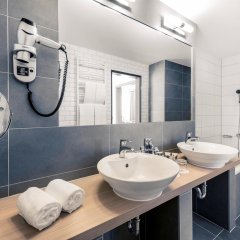Отель Mercure Budapest City Center ванная фото 2