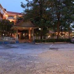 Отель Blue Garden Resort Pattaya парковка