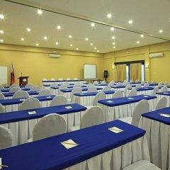 Отель Microtel Inn And Suites Davao Филиппины, Давао - отзывы, цены и фото номеров - забронировать отель Microtel Inn And Suites Davao онлайн помещение для мероприятий фото 2