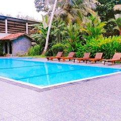 Yoho Hotel Himakara бассейн