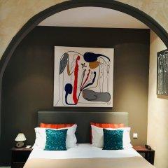 Hotel Villa La Tour сейф в номере