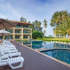 Отель Saladan Beach Resort Таиланд, Ланта - отзывы, цены и фото номеров - забронировать отель Saladan Beach Resort онлайн бассейн фото 3