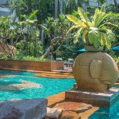 Отель Avani Pattaya Resort Таиланд, Паттайя - 6 отзывов об отеле, цены и фото номеров - забронировать отель Avani Pattaya Resort онлайн бассейн фото 3