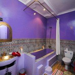 Отель Riad Dar Aby Марокко, Марракеш - отзывы, цены и фото номеров - забронировать отель Riad Dar Aby онлайн ванная