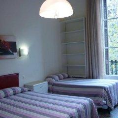 Отель Pension Portbou Барселона комната для гостей фото 4