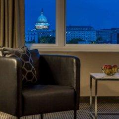 Отель Capitol Skyline балкон