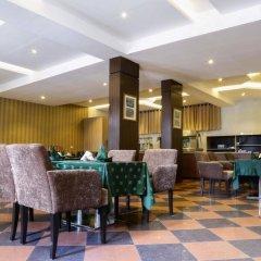 Отель Golden Tulip Essential Benin City интерьер отеля