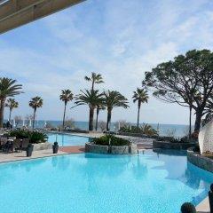 Отель Marins Playa бассейн