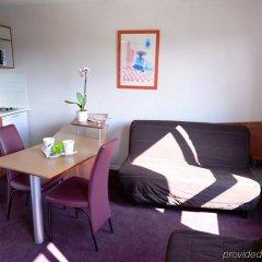 Отель Residhotel Lyon Part Dieu Франция, Лион - 2 отзыва об отеле, цены и фото номеров - забронировать отель Residhotel Lyon Part Dieu онлайн комната для гостей фото 3