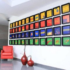 Отель Casa del Arbol Galerias Гондурас, Сан-Педро-Сула - отзывы, цены и фото номеров - забронировать отель Casa del Arbol Galerias онлайн парковка