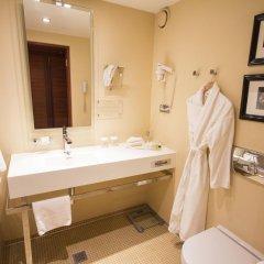 Hotel Telegraaf, Autograph Collection ванная