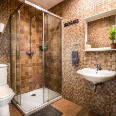 Отель Off Beat Guesthouse Испания, Сан-Себастьян - отзывы, цены и фото номеров - забронировать отель Off Beat Guesthouse онлайн ванная фото 2