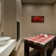 Отель TRYP by Wyndham Istanbul Taksim ванная фото 3