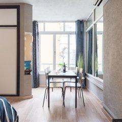 Апартаменты Namaste Apartment Торремолинос комната для гостей фото 5