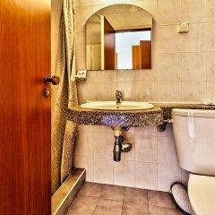 Отель Amfora Beach Hotel - Все включено Болгария, Солнечный берег - отзывы, цены и фото номеров - забронировать отель Amfora Beach Hotel - Все включено онлайн ванная