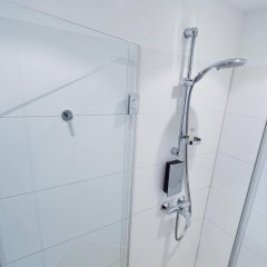 Отель Motel One Duesseldorf City ванная