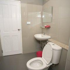 Отель D-Well Residence Don Muang Бангкок ванная