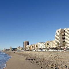Отель ILUNION Fuengirola Испания, Фуэнхирола - отзывы, цены и фото номеров - забронировать отель ILUNION Fuengirola онлайн пляж фото 2